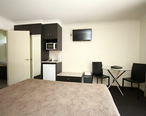 dalby-motel-accommodation-queen-(10)