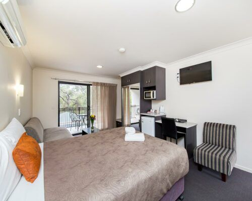 dalby-motel-accommodation-queen-(12)