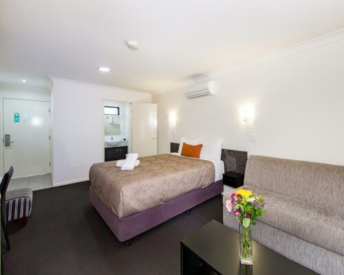 dalby-motel-accommodation-queen-(13)