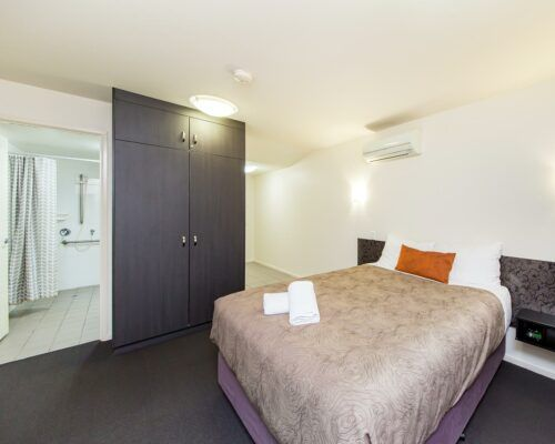 dalby-motel-accommodation-queen-disabled-(1)