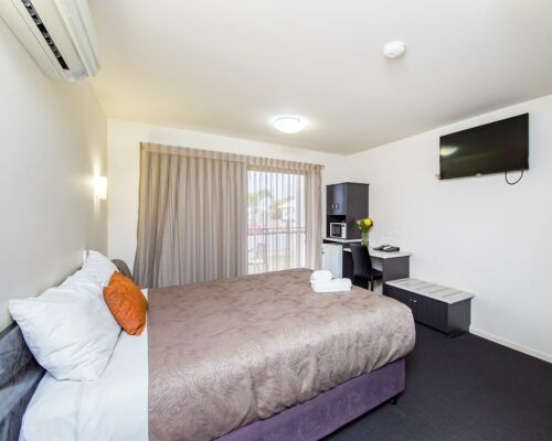 dalby-motel-accommodation-queen-disabled-(5)